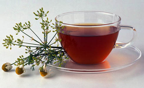 http://diggingri.files.wordpress.com/2009/11/chamomile-tea.jpg